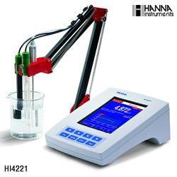 哈纳 HI4221 台式酸度计